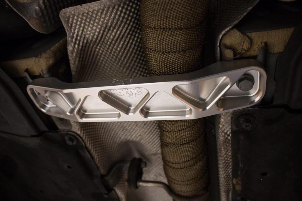 close up of a strut brace