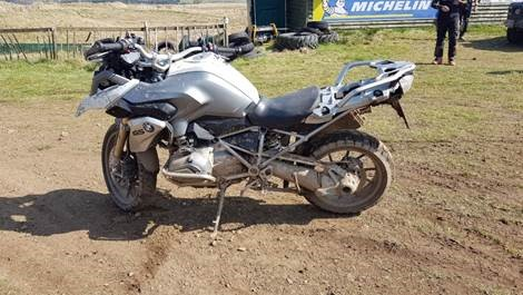 BMW R1200 GS with Michelin Anakee Adventure Tyres