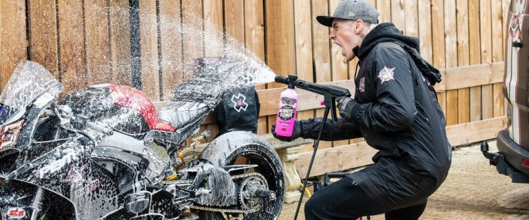 How to properly clean your motorcycle